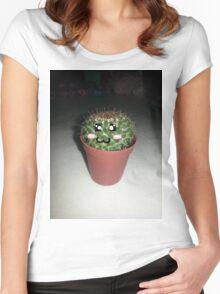 Uruloki Alberto Women's Fitted Scoop T-Shirt