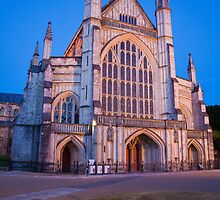 Winchester cathedral by Ian Middleton