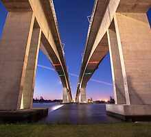 The Gateway Bridge by McguiganVisuals