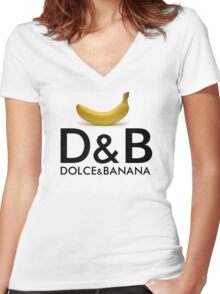 Dolce & Banana Women's Fitted V-Neck T-Shirt