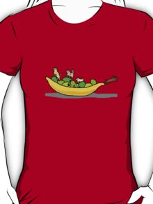 Dogs on dishes T-Shirt