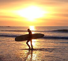 Surfer Sunset at Ballyliffen by NiallMcC