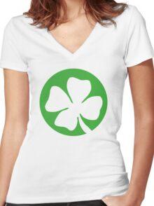 St. Patrick's day: Shamrock Women's Fitted V-Neck T-Shirt