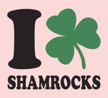 St. Patrick's day: I love shamrocks Kids Clothes
