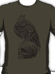 Red-Tail Skull T-Shirt