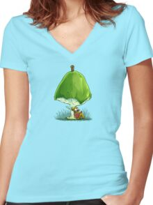 BookWorm Women's Fitted V-Neck T-Shirt