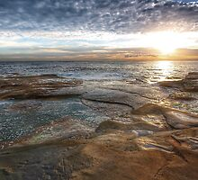 seascape at Coogee by derek blackham