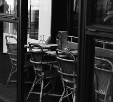 Cafe In Paris by Patrycja Polechonska