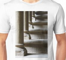 Passi, Castello dei Conti Guidi, Poppi, Toscana, Italia Unisex T-Shirt