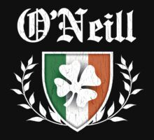 O'Neill Family Shamrock Crest (vintage distressed) by robotface