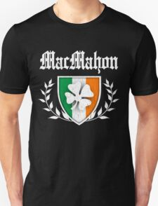 MacMahon Family Shamrock Crest (vintage distressed) T-Shirt