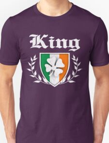 King Family Shamrock Crest (vintage distressed) Unisex T-Shirt