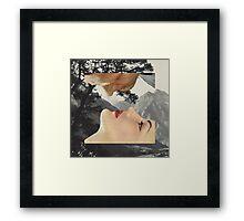 A baciarsi non si sbaglia mai Framed Print
