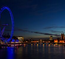 London Eye and the Houses of Parliament by WillG