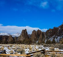 Smith Rock in winter by rkboz