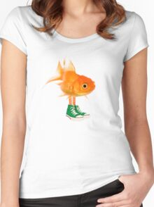 Darwin in real life - The Amazing World of Gumball Women's Fitted Scoop T-Shirt