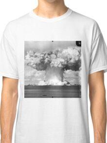Baker Test atomic explosion Operation Crossroads (July 25 1946) Classic T-Shirt