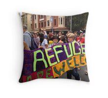 welcome refugees Throw Pillow
