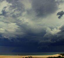 Ocean Storm by jimrac