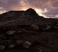 kosciuszko - Mount Etheridge by Timothy Kenyon