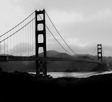 Golden Gate Bridge in Black and white by Jerome Obille
