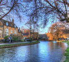 The River Windrush at Bourton by vivsworld