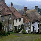 Another view of Gold Hill, Shaftesbury, Dorset by Photography  by Mathilde