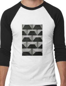 Wall Chess Men's Baseball ¾ T-Shirt