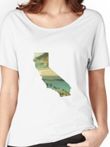 California Collage Women's Relaxed Fit T-Shirt