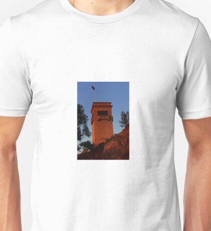 Goulburn War Memorial. N.S.W Unisex T-Shirt