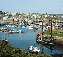 Harbour at Newlyn, Cornwall by photoeverywhere