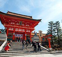 romon at Fushimi by photoeverywhere