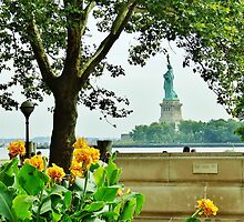 Statue of Liberty - Ellis Island by australiansalt
