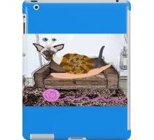 Goldenberry The Siamese Snail Cat iPad Case/Skin