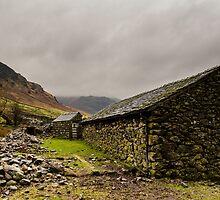 Stone Barn by Mark Hooper