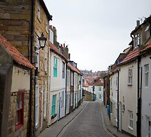 Narrow alley in Whitby by photoeverywhere