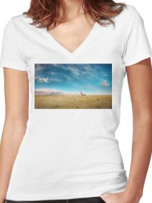 Breaking Bad- RV scenery  Women's Fitted V-Neck T-Shirt