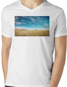 Breaking Bad- RV scenery  Mens V-Neck T-Shirt