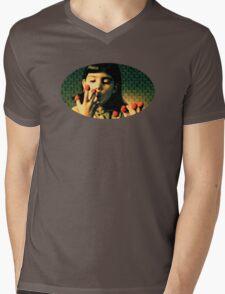Petite Amelie Mens V-Neck T-Shirt