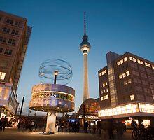 Alexanderplatz, Berlin, at night by photoeverywhere