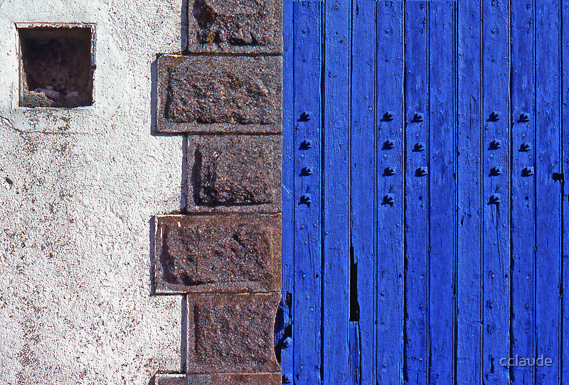 Blue door by cclaude
