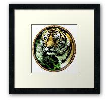 Jungle cat Round Framed Print
