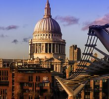 St Pauls Cathedral London by Ian Hufton