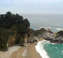 McWay Falls Beach by photoeverywhere