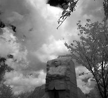 MLK Memorial in summer by mkurec
