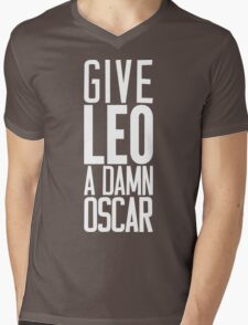 Give LEO A Damn Oscar [White Ink] Mens V-Neck T-Shirt