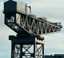 clydeport crane by photoeverywhere