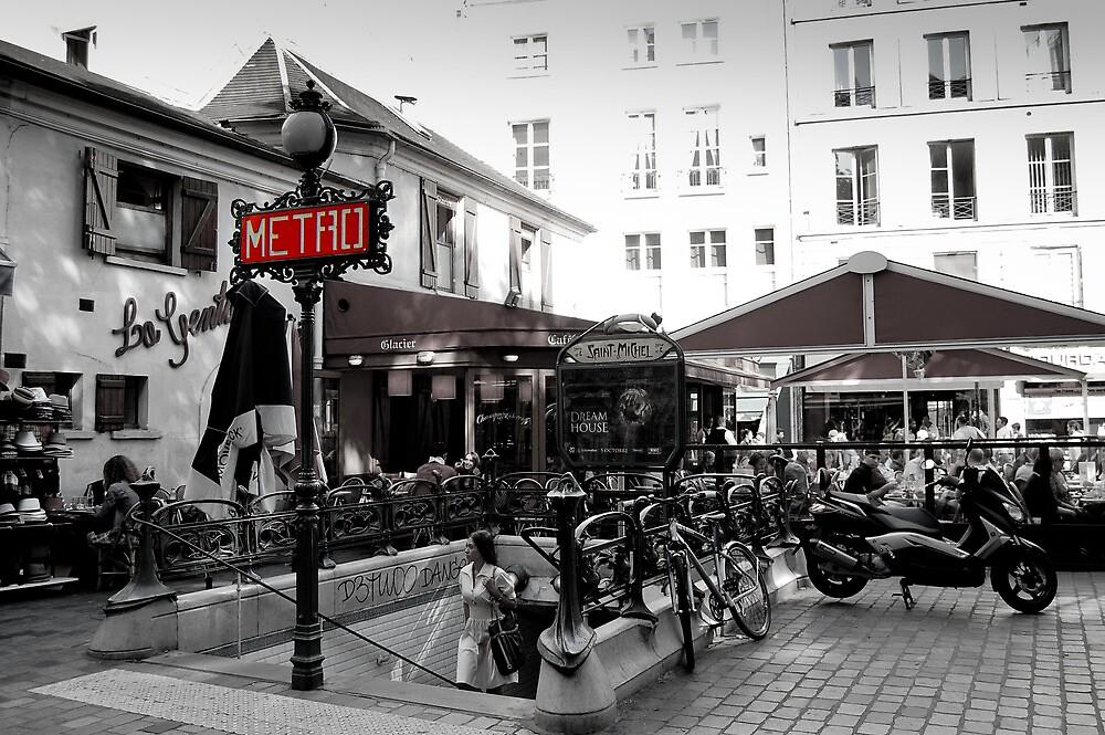Metropolitan Entrance at Paris by eic10412