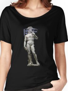Statue T-Shirt Women's Relaxed Fit T-Shirt