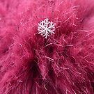 Snowflake on fur by Kiriel